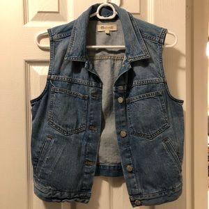 Madewell denim sleeveless jean jacket